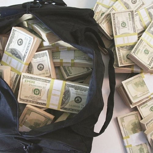 500K Prop Money Filled Duffel Bag